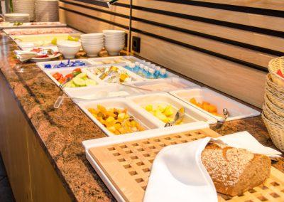Goldener-Fisch-Fruehstuecksbuffet-004