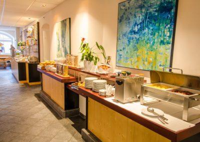 Goldener-Fisch-Fruehstuecksbuffet-009