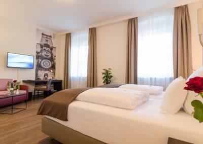 Hotel-Goldener-Fisch-Zimmer-002