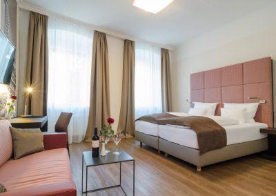 Hotel-Goldener-Fisch-Zimmer-004