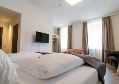 Hotel-Goldener-Fisch-Zimmer-005