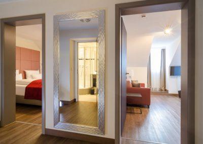 Hotel-Goldener-Fisch-Zimmer-013